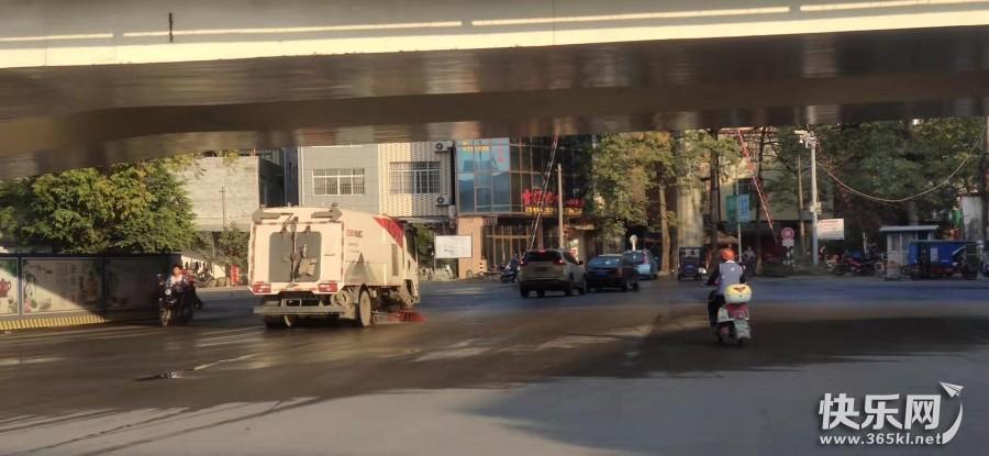 如何看待城市灑水車作業