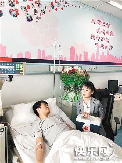 """两次""""出手""""挽救同一名患者 贵港人林启和上了微博热搜"""