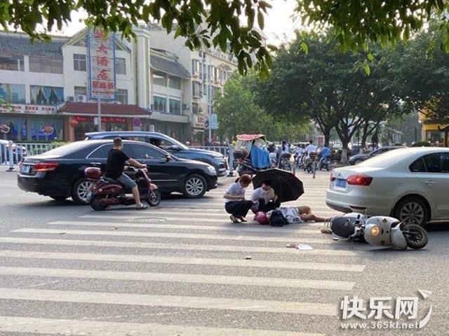 慢行!仙依路长城酒店路口发生事故